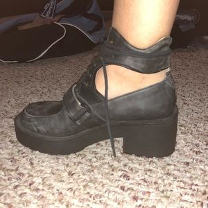 RARE JEFFREY CAMPBELL COMBAT STEEL TOE BOOTS